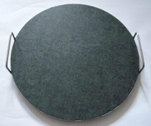 Kulatý kámen serpentin na grilování nebo na pečení pizzy